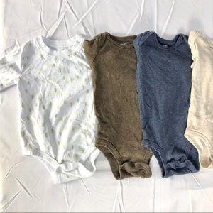 4 baby onesies